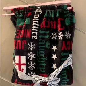 Juicy couture Christmas throw